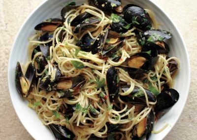 Spaghetti with Mussels, Lemon, and Shallots
